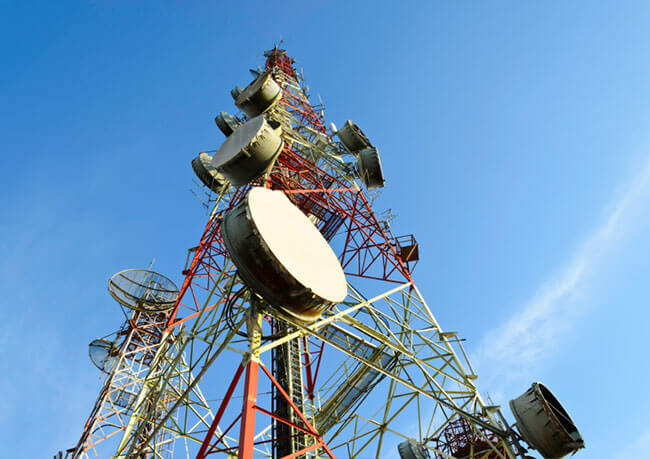 photo of a cellular tower used for wifi enhancement on industrial work sites